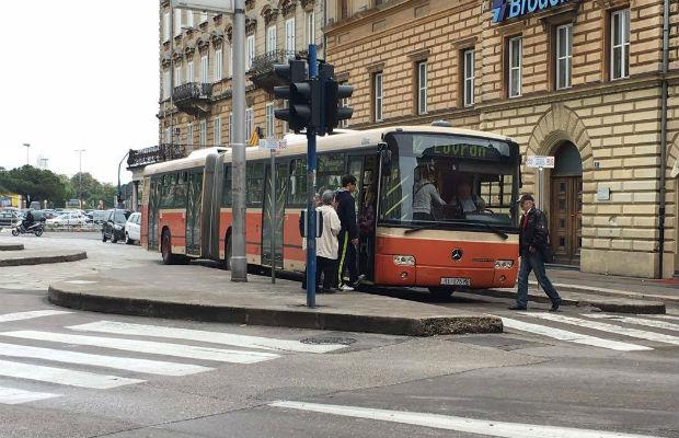 autotrolej-32