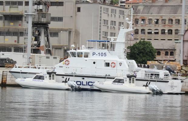 Uz lukobran kod 3. maja pronađen mrtav muškarac u moru