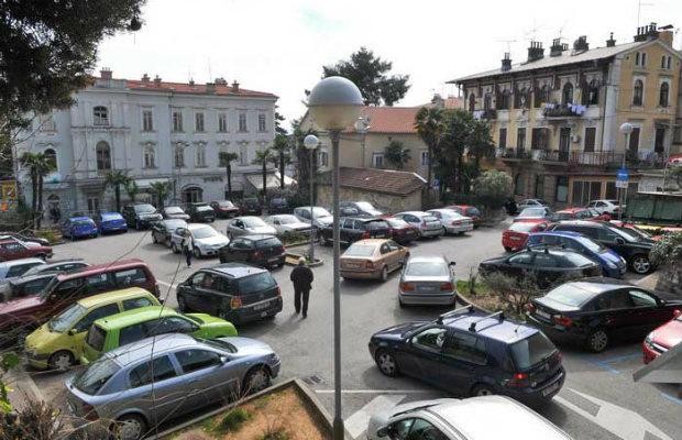 trznica-parking