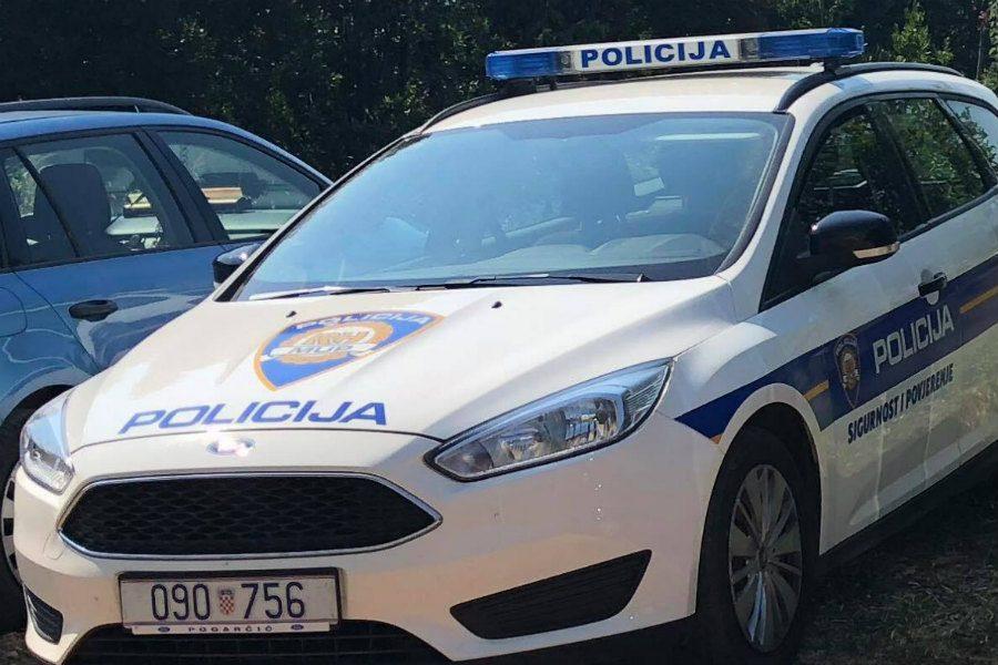 Kod Mošćeničke Drage ukraden auto